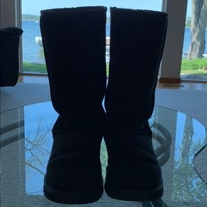 UGG Black Tall Boot (size 9)